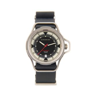 Givenchy seventeen automatic - product design